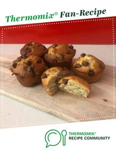 Recipe Banana Choc Chip Muffins by TMXingmumma, learn to make this recipe easily in your kitchen machine and discover other Thermomix recipes in Baking - sweet. Thermomix Banana Muffins, Savory Muffins, Banana Chocolate Chip Muffins, Thermomix Desserts, Healthy Muffins, Bellini Recipe, Muffin Mix, Muffin Recipes, Bakken