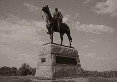 Gen George G. Cemetery Monuments, Cemetery Headstones, Old Cemeteries, Siege Of Petersburg, War Memorials, Gettysburg, American Civil War, Statues, Camel