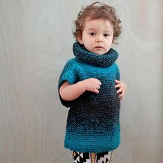 Free Knitting Pattern for Easy 3 Square Child's Sweater - Gina Michele's super easy pullover is constructed of three squares knit in garter stitch. Knitting For Kids, Easy Knitting, Knitting Needles, Knit Baby Sweaters, Girls Sweaters, Sweater Knitting Patterns, Knitted Poncho, Poncho Sweater, Scarfie Yarn