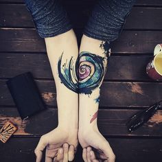 Artist : Yeliz Özcan #tattoo #spiral #tattoos #sorrymummytattoo #tatouage #tatuaje #タトゥー #dream #amazing #ink #inked #colored #colortattoo #picoftheday #arm #lifestyle #style #painting #paint #color #boy #boywithtattoo #tattooist #tattooartist #illustration