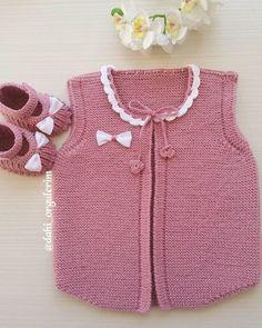 Baby Knitting Patterns, Knitting Designs, Crochet For Kids, Crochet Baby, Baby Cardigan, Crochet Fashion, Beautiful Babies, Tops, Women