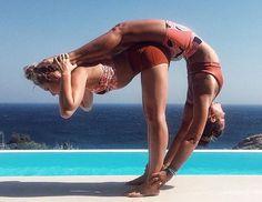 Couples Yoga Poses, Acro Yoga Poses, Yoga Poses For Two, Partner Yoga Poses, Yoga Moves, Yoga Exercises, Two Person Yoga Poses, Yoga Workouts, Yoga Warm Up