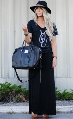 cara loren modeling our hamilton turnberry leather bag