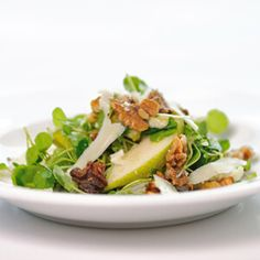 This salad pairs sweet and juicy pears with peppery watercress and pungent cheese in a perfect blend to welcome spring to your dinner table.…