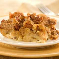 Southern Praline Bread Pudding Recipe on Yummly. Southern Desserts, Southern Recipes, Southern Food, Delicious Desserts, Dessert Recipes, Yummy Food, Easy Desserts, Panna Cotta, Dessert Bread