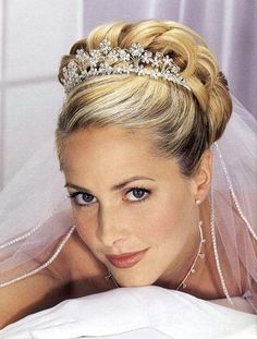 Wedding, Hair, Updo, Tiara - Photo by Elegant Lace Bridal - Project Wedding