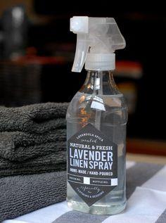 DIY Lavender Linen Spray (such a simple DIY & it includes the free printable label) // hi friend