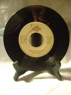 "1981-WORLEY MAX-BREAD AND BUTTER/DON'T LOOK AND IT WON'T HURT-7"" VINYL RECORD"
