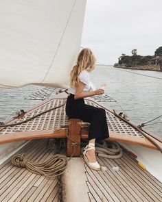 Went sailing yesterday on a sailboat with and I felt like I was a part of a romantic film. Wanderlust Travel, New York To Paris, Romantic Films, Posing Ideas, To Infinity And Beyond, Adventure Is Out There, Adventure Awaits, Adventure Travel, Oh The Places You'll Go