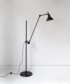 LAMPE GRAS - N°215 L red di DCW éditions