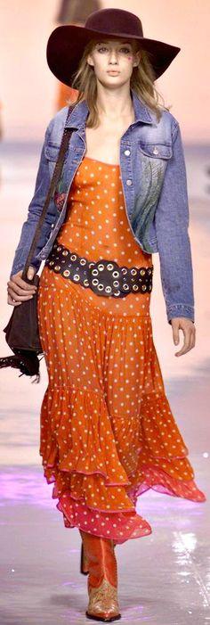 Blumarine - Milan spring 2002 Bohemian Soul, Vintage Bohemian, Boho Gypsy, Hippie Boho, Cowgirl Fashion, Cowgirl Style, Boho Fashion, Hippie Girls, Boho Girl