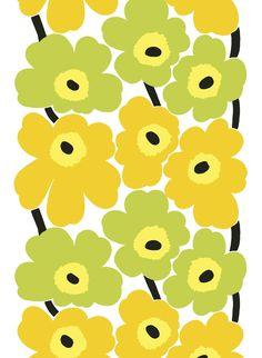 Maija Isolan klassikko syntyi vuonna 1964 Armi Ratian sanottua julkisesti, ettei hän halua kukkia Marimekon kankaisiin. Rajoituksista piittaamaton taiteilija suunnitteli kuitenkin kokonaisen kokoelman kukkakuvioita, jotka olivat niin omanlaisiaan, että Ar