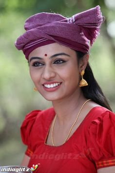 Indian Actress Gallery, Tamil Actress Photos, Beautiful Indian Actress, Beautiful Women, Indian Natural Beauty, Celebrity Gallery, Tamil Movies, Indian Actresses, Bollywood