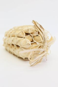 Bag of Natural Drift Wood - Natural Craft - Seawashed driftwood - Wholesale Natu These natural driftwood pieces are ideal for craft projects and event decoration. The come in lovely jute netting and it is a 100% Natural product Size: Approximately 13cm-15cm ( 5-6') A pack is likely to contain approximately 15 pieces and weights 250g Natural tumbled bleached driftwood in random sizes and shapes for crafts and event decoration. We can also dripp All of our products are sourced sustainably and…