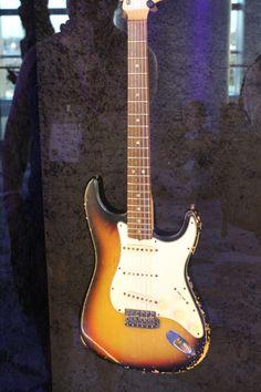Jimi Hendrix Guitar NAMM 2014 #jimi #hendrix #guitars #music #musicians