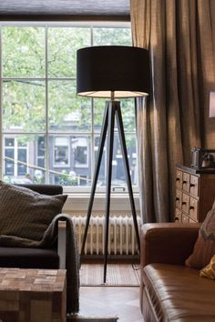 Tripod Floor Lamp Black - Structure of Fusion Flair – Foxford Woollen Mills Casa Color Pastel, Berlin Design, Unique Floor Lamps, Metal Floor, Black Floor Lamp, Luminaire Design, Room Lamp, Tripod Lamp, Flooring