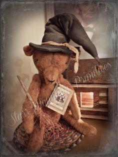 Grungy Ole Witch Bear  www.starrmountainprimitives.com  https://www.facebook.com/StarrMountainPrimitives#!/pages/Starr-Mountain-Primitives/228548684018