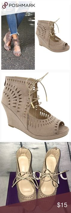 OPEN TOE LACE UP PLATFORM WEDGE SHOES OPEN TOE LACE UP PLATFORM WEDGE SHOES  SIZE:8  In good condition  Used twice top moda Shoes Wedges