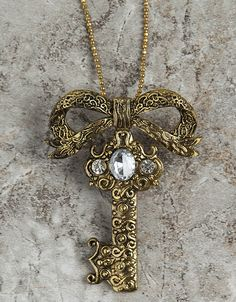 Our antique look key necklace pin is timeless and romantic...