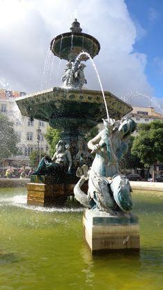 Lisbon - Fountain in the Praca do Rossio.  #Portugal