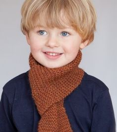 A short baby boy haircut makes your baby's blue colored eyes look more prominent and attractive. Make him look more adorable with this classy formal side parting haircut Little Boy Hairstyles, Cute Hairstyles For Kids, Cute Haircuts, Baby's First Haircut, Baby Haircut, Cute Little Boys, Cute Boys, Mabo Kids, Toddler Boy Haircuts