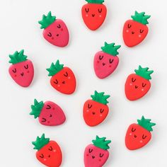 Add some cuteness to your wardrobe with these diy strawberry brooches!