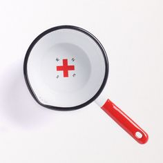 Best Made Company — Seamless & Steadfast Enamel Steel Utility Pot Wonderful Things, Cool Things To Make, Awesome Things, Beautiful Things, Kitchenware, Tableware, Red Design, Graphic Design, Camping Supplies