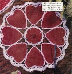 Free crochet pattern for a Valentine's Day Heart Doily