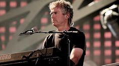 Retro Interview with Tony Banks of Genesis - 1976