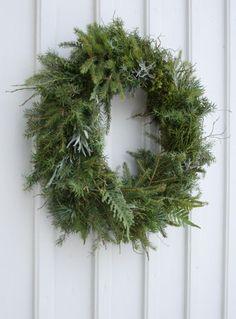 Benita Larsson: Holiday Wreaths