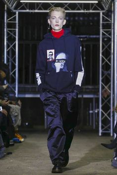 Icosae Fashion Show Menswear Collection Fall Winter 2017 in Paris
