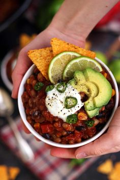 The Best Slow Cooker Vegan Chili Recipe is wholesome, delicious and easy to make. Comforting and healthy freezable dinner packed with nutrients and flavors!