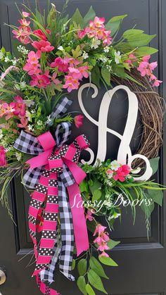 Custom And Unique Door Wreaths Summer Door Wreaths, Easter Wreaths, Wreaths For Front Door, Christmas Wreaths, Front Porch, Mothers Day Wreath, Deco Mesh Wreaths, Floral Wreaths, Hydrangea Wreath