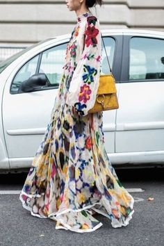 The Best Maxi Dresses For Every Style- Maxi Dresses can be high fashion, and an make the perfect street-style look. Here are all the best maxi dresses for every body and fashion style. We love this floral embroidered cream maxi dress… Look Fashion, High Fashion, Dress Fashion, Street Fashion, Burka Fashion, Tailored Fashion, Floral Fashion, Fashion Moda, Classy Fashion