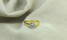 Class Ring, Engagement Rings, Jewelry, Enagement Rings, Wedding Rings, Jewlery, Bijoux, Commitment Rings, Schmuck