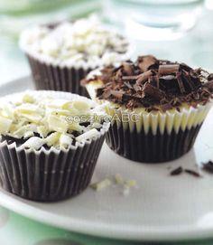 Chocolate Cupcakes, Chocolate Ganache, White Chocolate, Muffin, Breakfast, Food, Decorating, Caramel, Morning Coffee