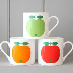 Love the colors on these Apple Mugs! #pinAtoZ #apples