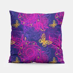 East flower Pillow #homedecor #homedesign #pillows #pillowcase #pillowtime #ideasforhome #ideasforhomedecor #ideasforhouse #homestyling #homestyle