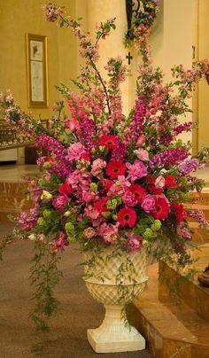 Beautiful pink flower arrangement!
