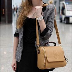 Corean Fashionable And Retro Style Khaki PU Solid Zipper Shoulder Bags