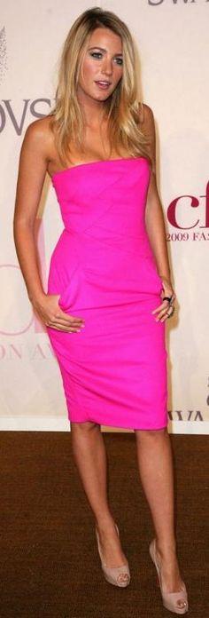 neon #mirabellabeauty #neon #dress