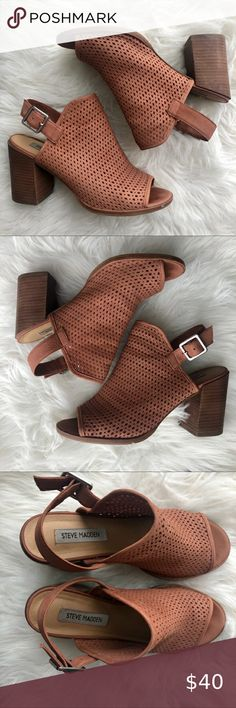 Steve Madden Neptune Heels Hi!  Great comfortable heel See pictures for conditions and measurements   Feel free to make any respectable offer Happy poshing! 😎 Steve Madden Shoes