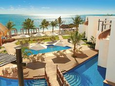 Riviera Maya Resorts, All Inclusive Vacations in Riviera Maya, Hotels in Riviera Maya - Azul Hotels. Great destination for families traveling with kids, teens club, kids club and baby amenities