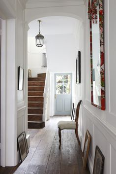 foyer+entry+hall+entrance+reclaimed+wood+floor+planks+grey+gray+pale+blue+front+door+windows+panes+staircase+stairs+stairwell+cococozy+alex+james+photography.jpg 367×550 pixels