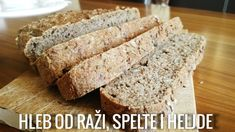 Htela sam sinoć da zamesim neki novi hleb, da promenim malo. I pošto nisam našla neki interesantan recept na netu, odlučila sam da ga smućkam iz glave. I odlično je ispao. Treba vam: 200 grama raža...
