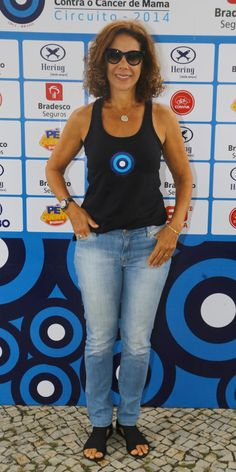Sem medo da calça jeans depois dos 40 (50, 60...): Gloria Kalil mostra como usar a peça mais democrática de todas   Chic - Gloria Kalil: Moda, Beleza, Cultura e Comportamento