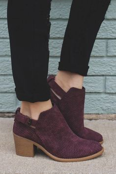 4f4e2097ade 25 Ankle Boots Outfits That Are a Must This Fall Season. Burgundy Ankle  BootsLow Heel ...