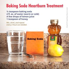 Baking soda is a low cost antacid for treatment of heartburn and acid reflux. Here are 4 ways of preparing baking soda in water for instant relief. 1 Weird Trick Forces Your Body To Stop Acid Reflux and Heartburn Faster Than You Ever Thought Possible! Baking Soda And Honey, Baking Soda For Hair, Baking Soda Face, Treatment For Heartburn, Natural Remedies For Heartburn, Natural Cures, Natural Health, How To Treat Heartburn, Home Remedies