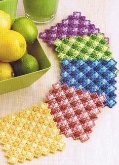 GINGHAM SCALLOPS Coasters (3 / 3)
