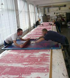 Timorous Beasties - screen printing their wonderful 'Glasgow Toile' wallpaper Textiles, Textile Prints, Textile Art, Silk Screen Printing, Printing On Fabric, Surface Pattern, Surface Design, Timorous Beasties, Artist Sketchbook